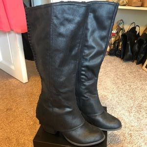 Fergie by Fergalicious Black leather riding boot